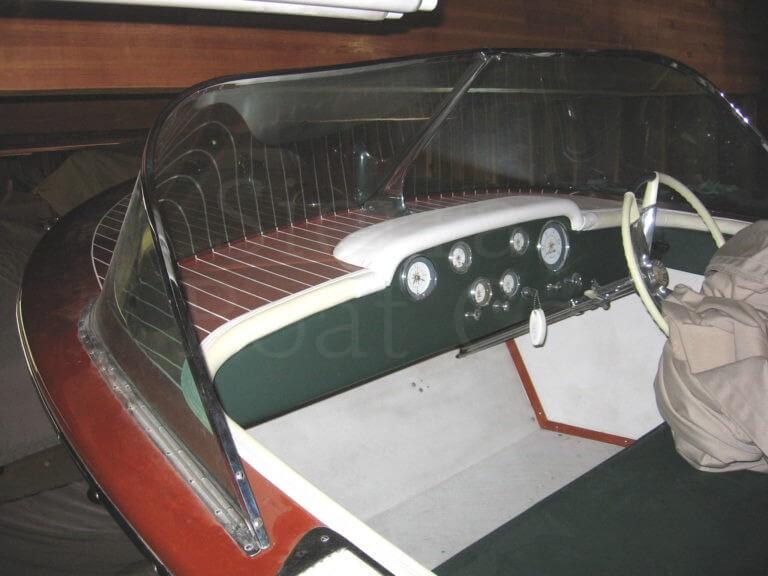 1960 Century 19ft Resorter