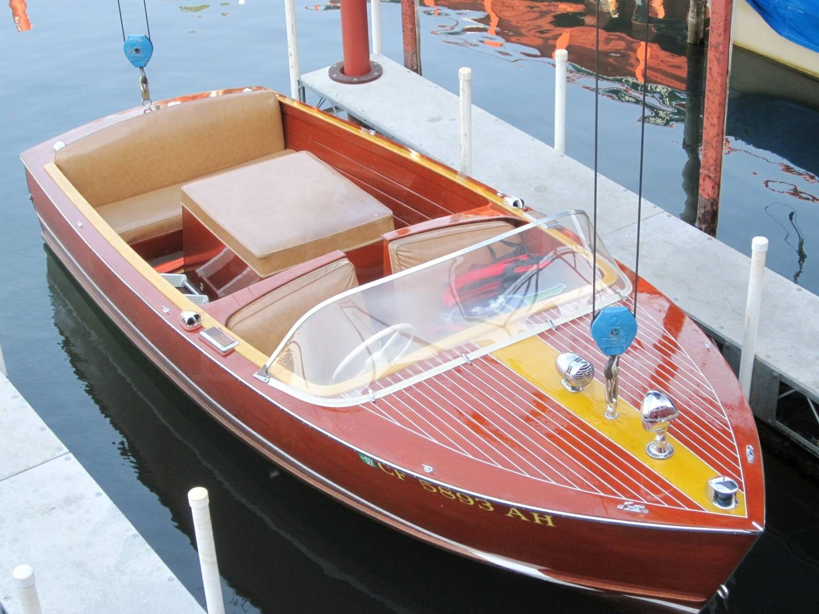 1957 Chris Craft 17ft Sportsman