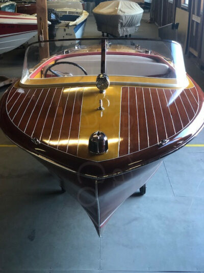 1958 Chris Craft 19ft Capri