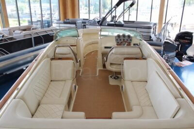 2014 Chris Craft 28ft Launch
